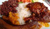 Qué y dónde comer en Costa Rica
