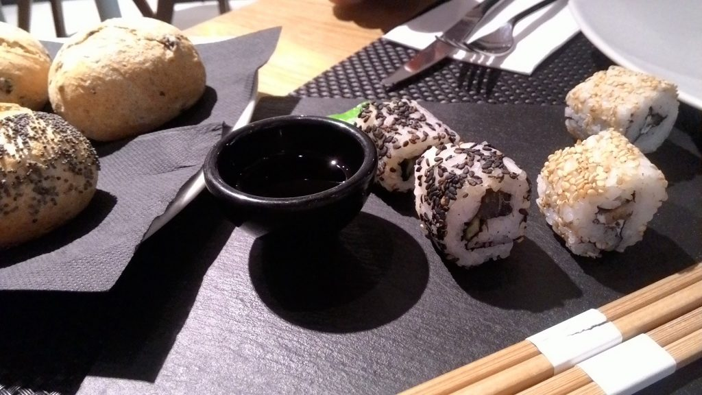 sushi en West 42nd