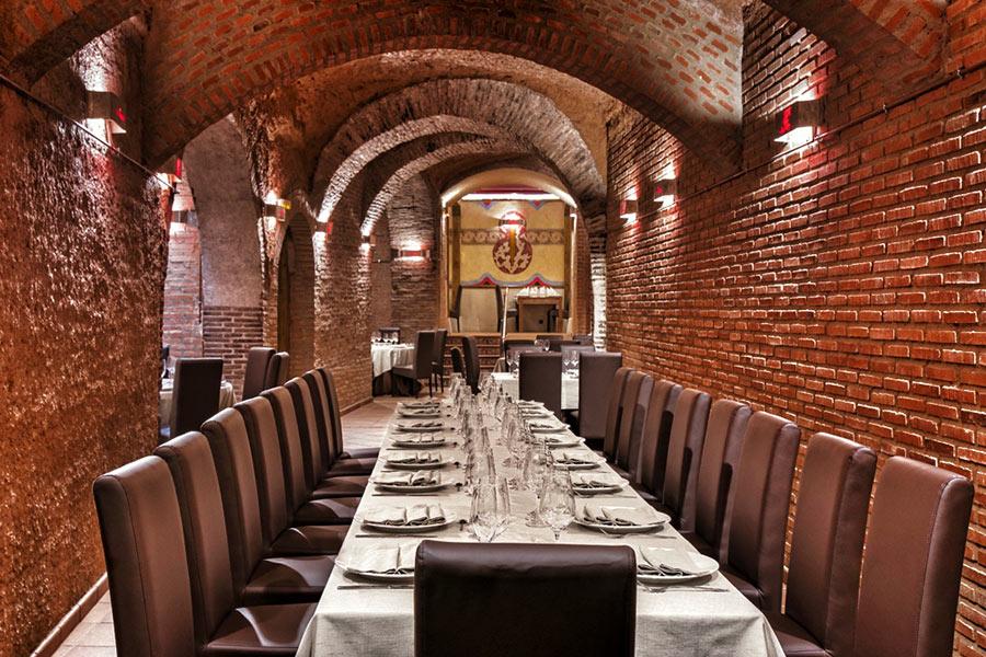 Bodegas Yllera Restaurante El Hilo de Ariadna