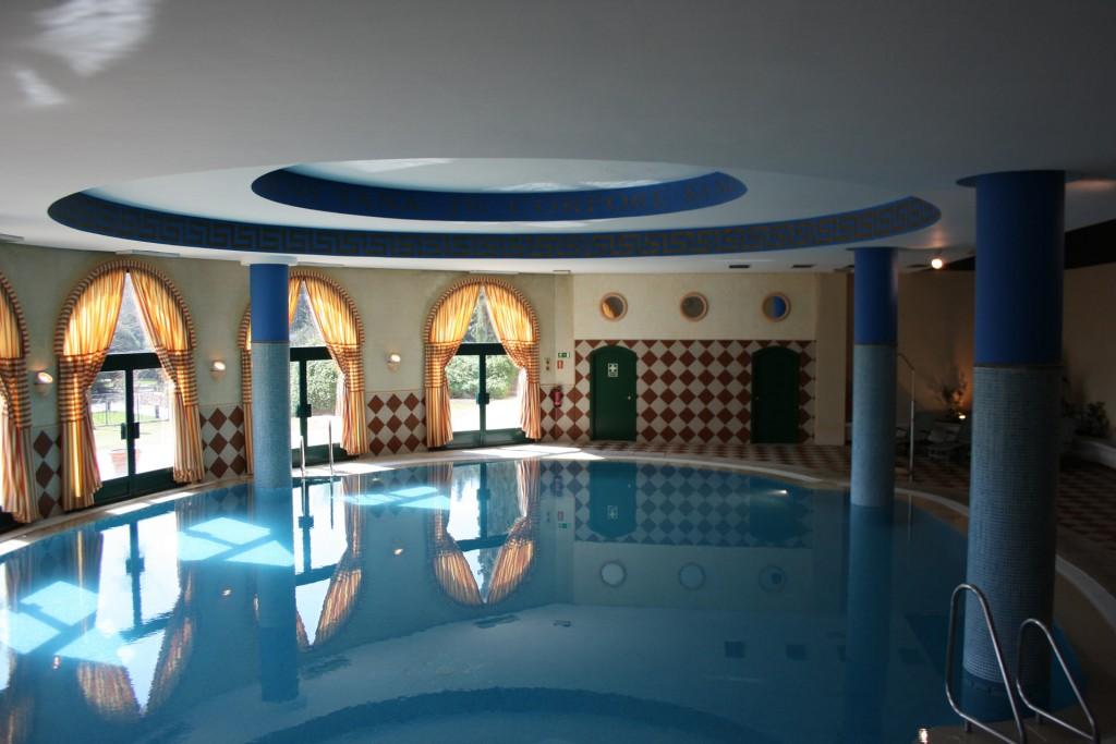 Piscina Hotel La Vega Valladolid