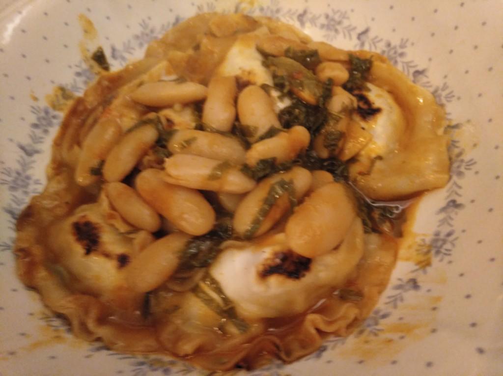 gyozas de pote asturiano con faba de Luarca y kimchi de berza