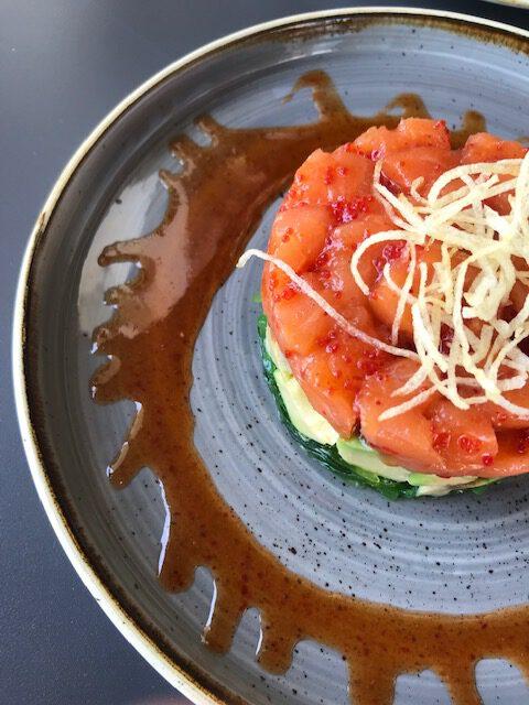 Tartar salmon Maitake