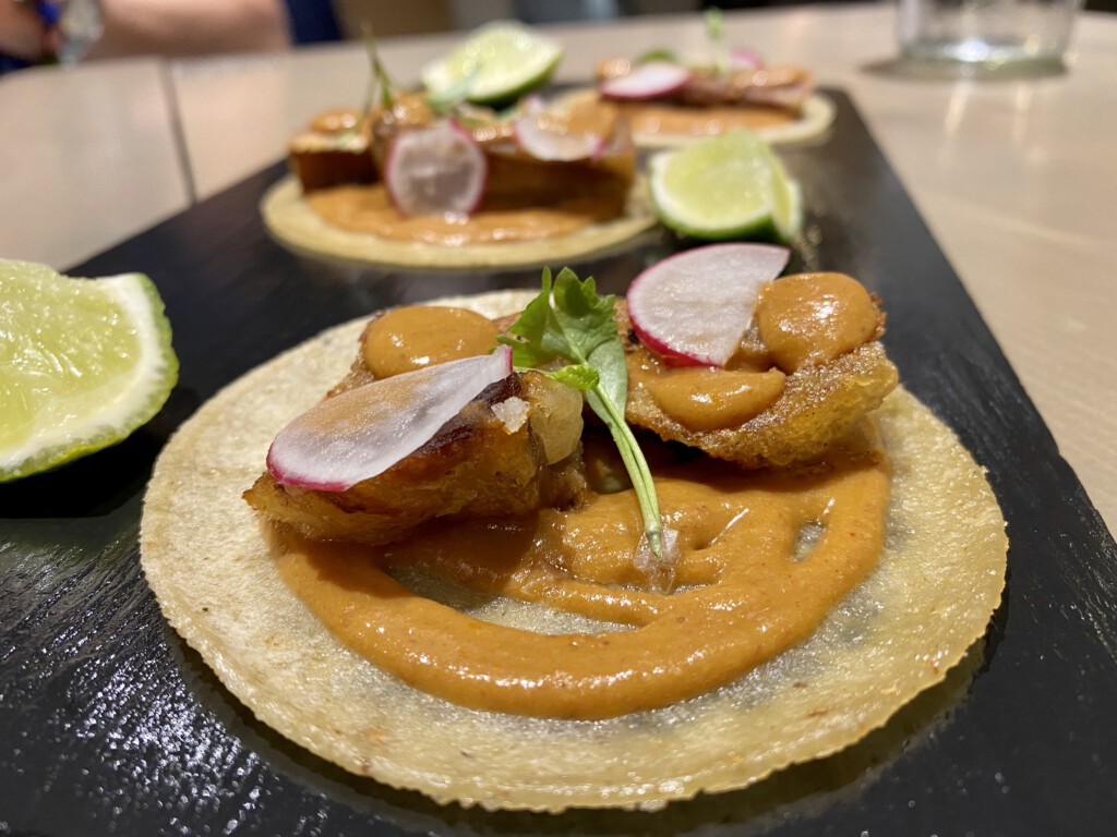 Ajonegro Tacos de careta crujiente