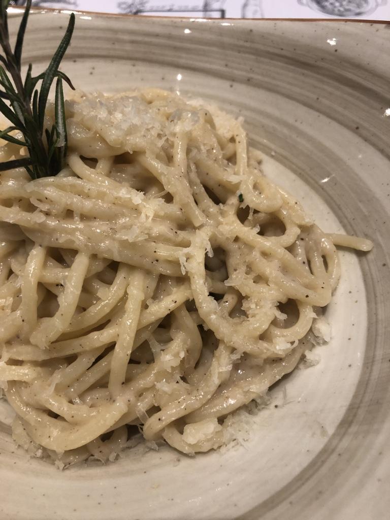 Casa Tua Spaguetti cacio e pepe