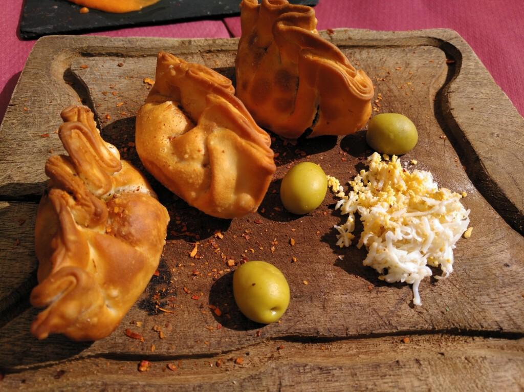 empanadilla criolla con ají argentino