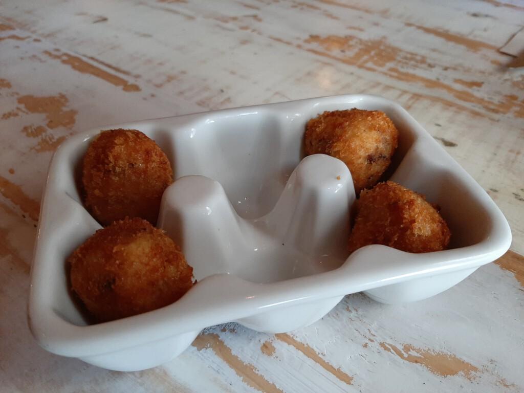Gobu Burger croquetas de cecina
