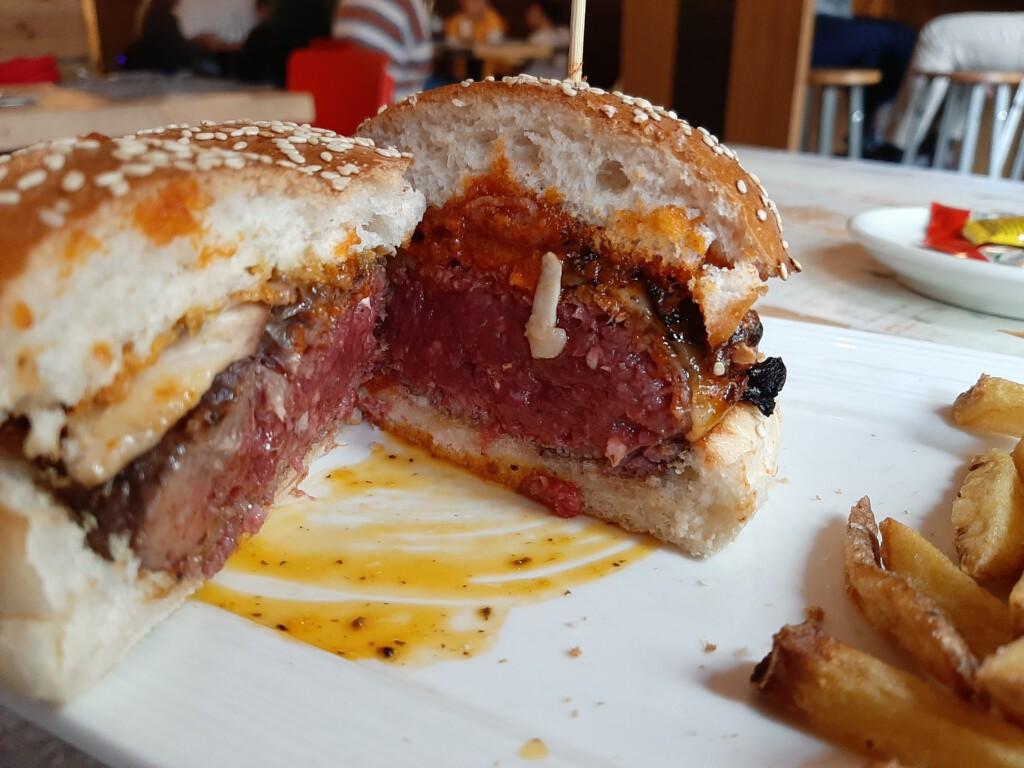 Gobu Burger hamburguesa Boletus